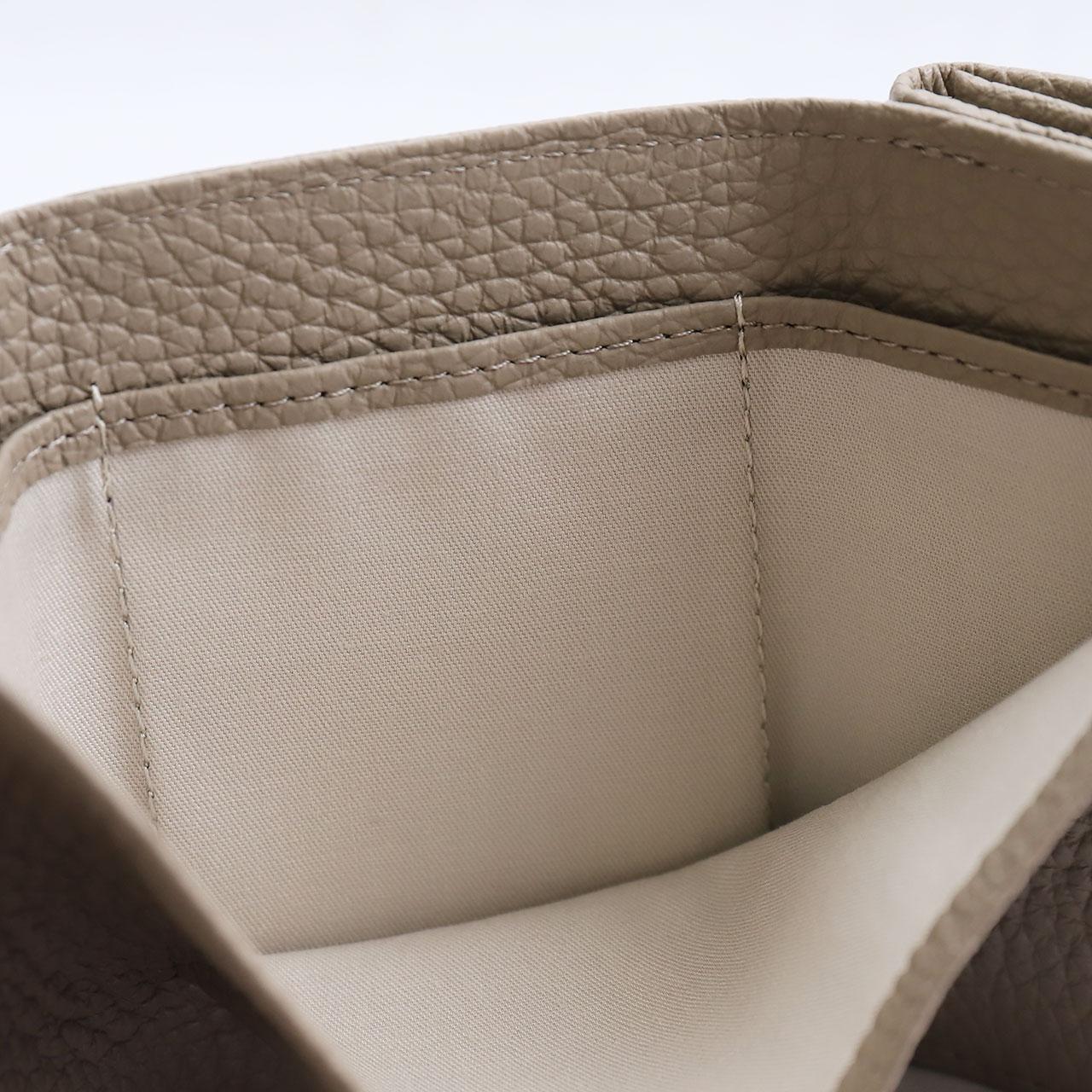 三つ折り財布内側生地。